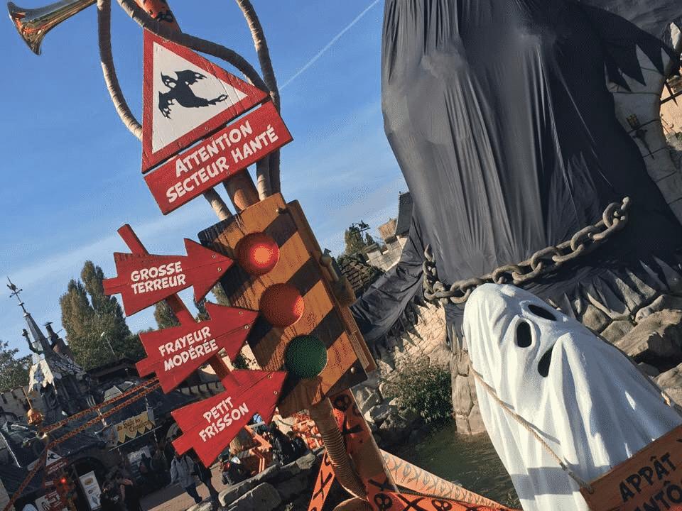 Feu niveau terreur Peur sur le Parc Astérix