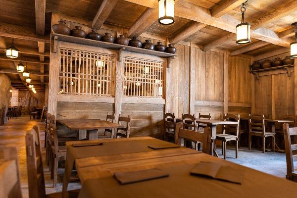 Intérieur restaurant Quais de Lutèce