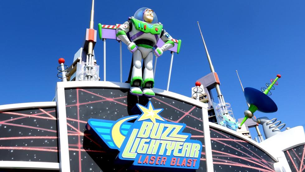 Attraction Buzz Lighyear Laser Blast