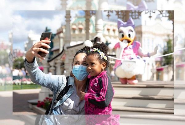 Selfie avec héros Disney